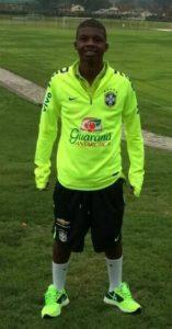 Brasil sub-15 já teve Lincoln Corrêa convocado (Foto: Reprodução/Facebook)