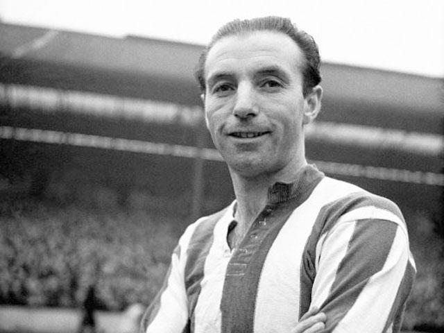Stanley Matthews: primeiro Bola de Ouro e ídolo do Blackpool, do Stoke e da seleção inglesa (Foto: Reprodução)