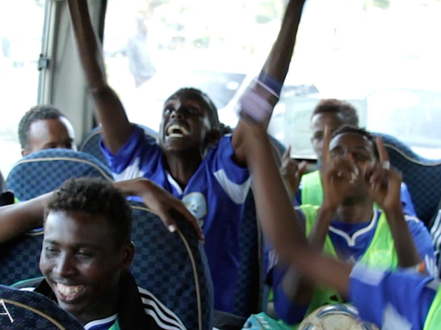 Jogadores da seleção comemoram o retorno aos jogos internacionais (Foto: Federação Somali/Divulgação)