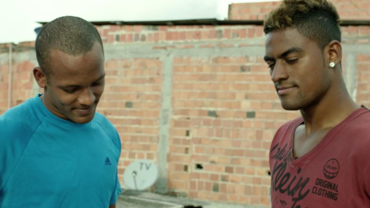 Thiago e Dankler: de origem pobre, buscando o sucesso no futebol (Foto: Reprodução)