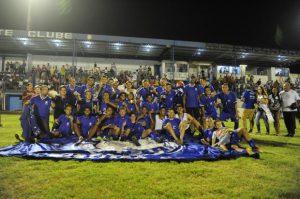 Cruzeiro-RS levou o primeiro título neste ano (Foto: Reprodução/clicrbs.com.br)