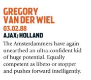 Van der Wiel era uma grande promessa holandesa. E se confirmou (Foto: Reprodução/soccernostalgia.com)