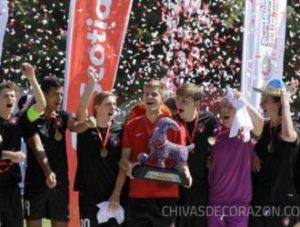 Final da Copa Chivas com Midtjylland campeão (Foto: Reprodução/fcm.dk)