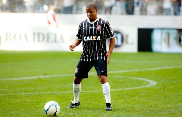 Ídolo do Timão no gramado da Arena Corinthians (Foto: Reprodução)