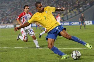 Alex chegou à seleção brasileira no sub-15, foi para o sub-17 e ainda disputou o mundial pelo sub-20 (Foto: Reprodução)