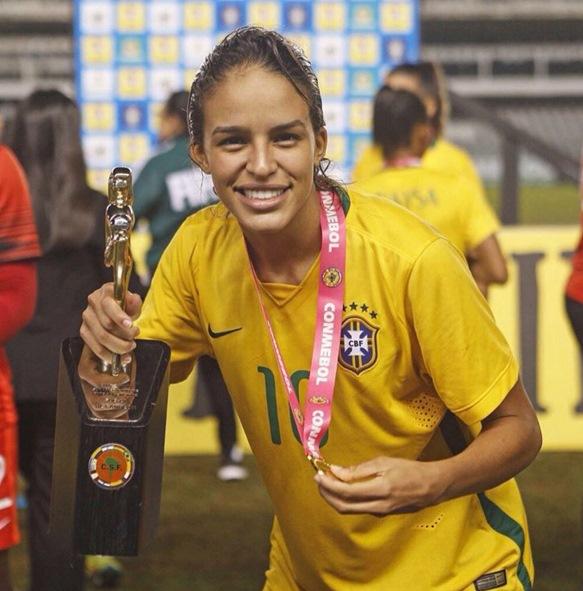 Gabi Nunes, a craque do Sul-Americano Sub-20 (Foto: Reprodução)