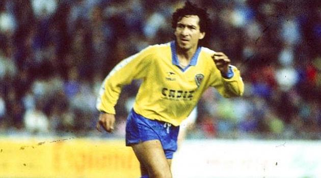 Mágico González: o maior jogador da história de El Salvador (Foto: Reprodução/Marca)
