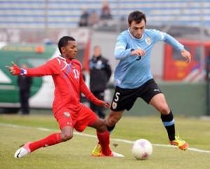 Defensor esteve na seleção olímpica do Uruguai em 2012 (Reprodução: La Red 21)