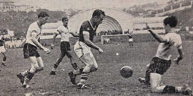 O primeio derby no Pacaembu, em 1940 (Foto: Acervo Público)