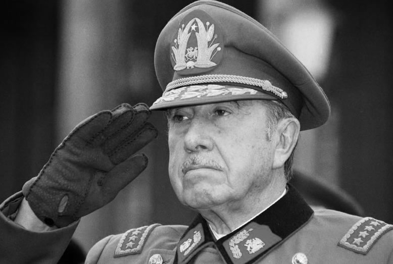 O regime de Pinochet fez do Colo-Colo quase imbatível (Foto: Reprodução)