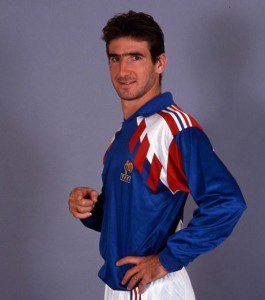 Cantona era uma das revelações francesas em 1987 (Foto: Reprodução)