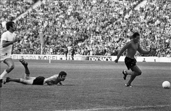 O gol em Zoff na Copa de 1974 colocou o Haiti na história do futebol (Foto: Reprodução)