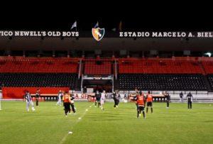 Idolatriarubro-negra: estádio do Newell's leva o nome do treinador (Foto: Reprodução/O Tempo)