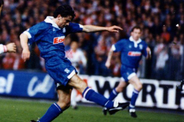 Tony Bird conquistou uma maca incrível na temporada 1996/97 (Foto: Reprodução)