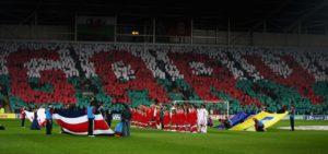 Tributo a Speed em amistoso no Estádio Cardiff City Stadium, em 2012 (Foto: Reprodução/ walesonline.co.uk)