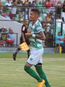 Manoel é destaque em um time que preza pelo ataque (Foto: Reprodução)