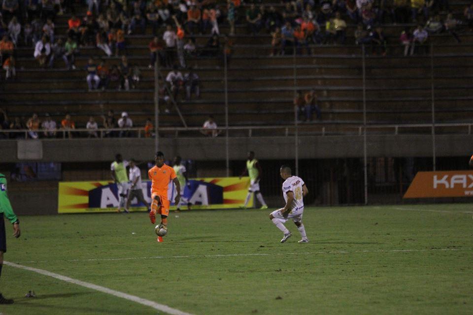 Pouco público é característica marcante dos jogos em casa do Envigado (Foto: Divulgação/Envigado FC)