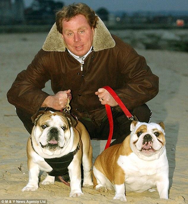Redknapp e seus bulldogs perversos (Foto: Reprodução)