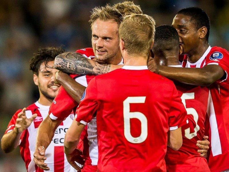 Solidez defensiva é um dos trunfos do PSV rumo ao título (Foto: Reprodução/Twitter)