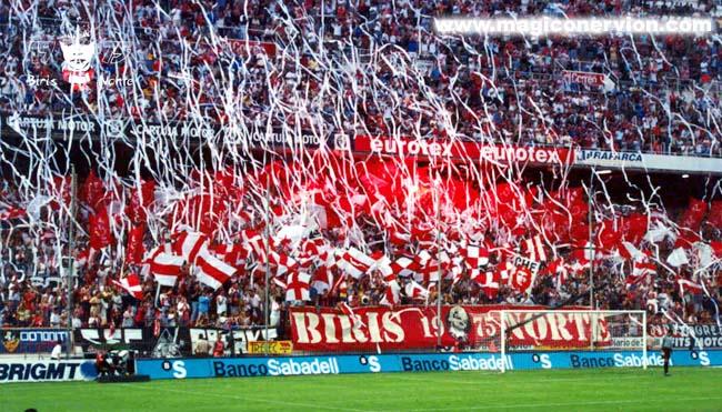 """""""Biris Norte"""" está presente no estádio até os dias atuais (Foto: Reprodução)"""
