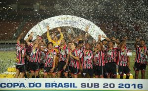 São Paulo levou o bicampeonato da Copa do Brasil Sub-20 (Foto: Divulgação/saopaulofc.net)