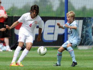 Zlicic é considerado bom meio-campista (Foto: Reprodução/luftika.rs)