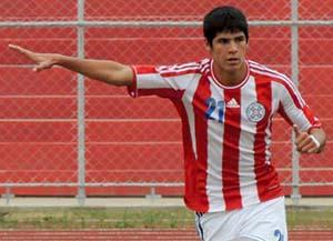 Villalba assume a responsabilidade pelos gols no Paraguai (Foto: Reprodução)