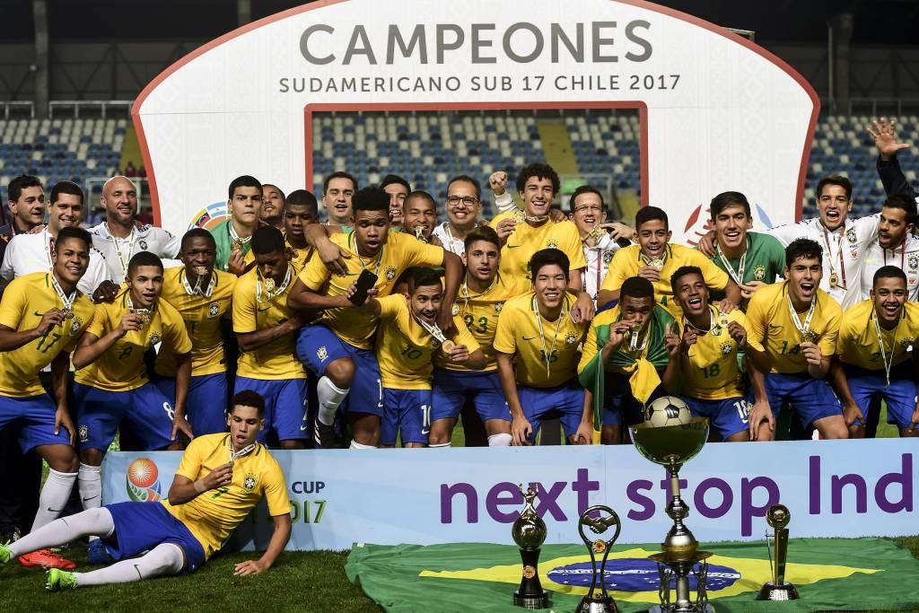 Grande geração brasileira foi coroada com o título continental (Foto: Divulgação/Conmebol)