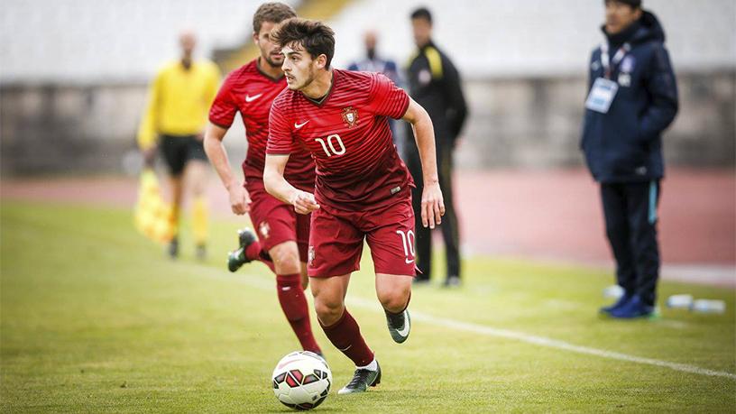 Xadas é o cérebro do time português (Foto: Divulgação/UEFA)