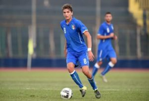 Locatelli é um dos grandes meias italianos da geração (Foto: Reprodução/italianfootballdaily)