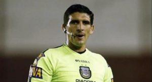 Ó árbitro Andres Merlos (Foto: Reprodução/marpla.com.ar
