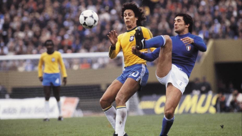 Roberto Dinamite na disputa do terceiro lugar em 1978 (Foto: Reprodução)