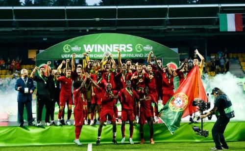 Festa portuguesa na conquista do título (Foto: Reprodução/Instagram)