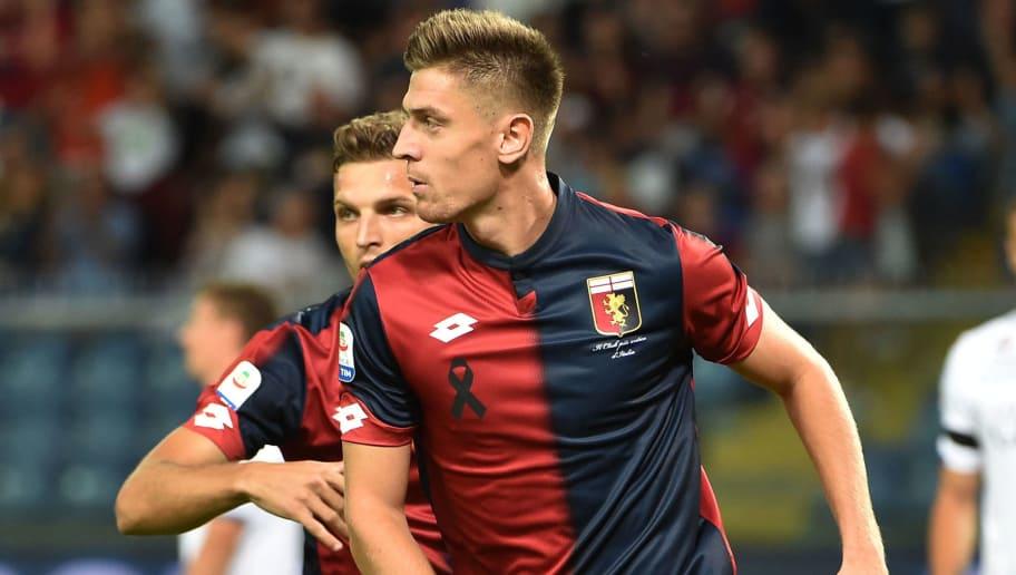 Piatek comemora mais um gol pelo Genoa (Foto: Reprodução)