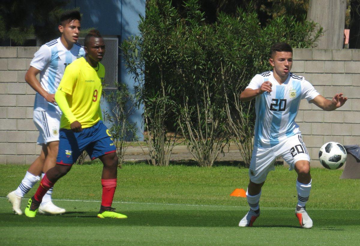 Almada (20) é um dos jogadores mais talentosos da competição (Foto: Reprodução)